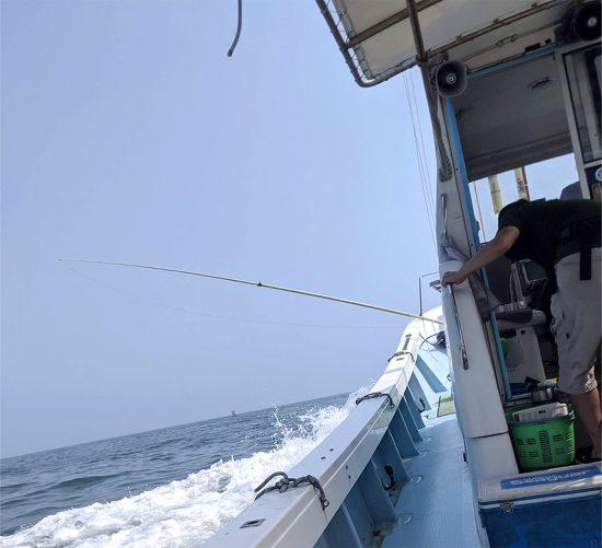 2019年7月28日(日)大野海苔の専務さんと釣りに行きました:魚群探知機を見ながら群れを追う!